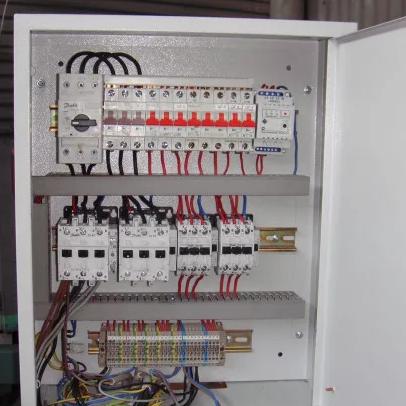 щиты автоматического управления холодильным оборудованием - фото